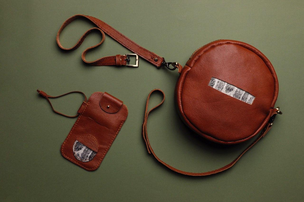 طراحی و دوخت کیف های دست دوز