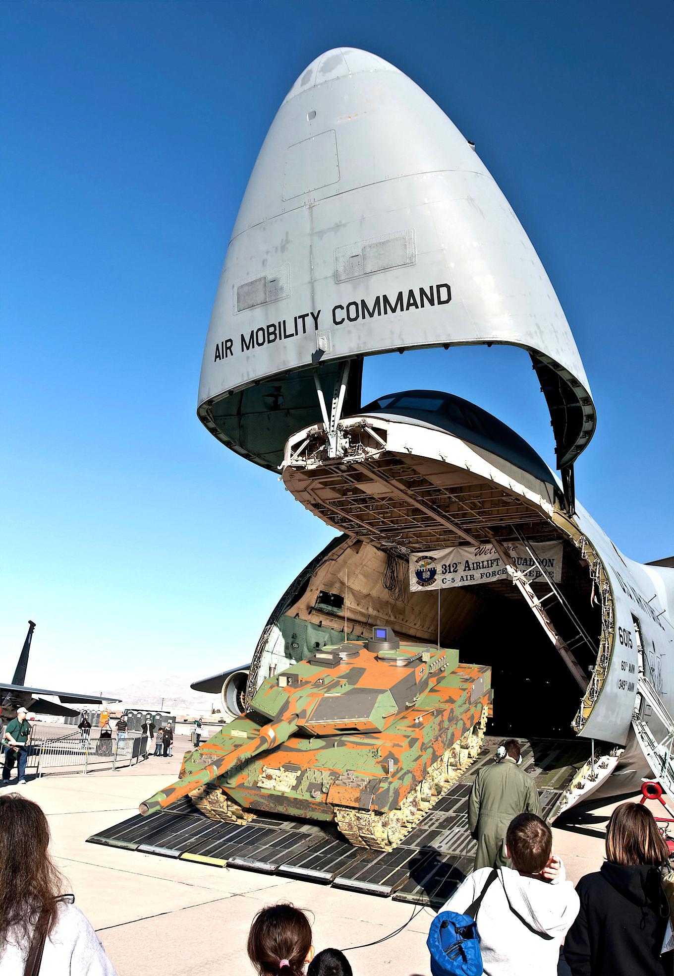 Leopard 2 - A6