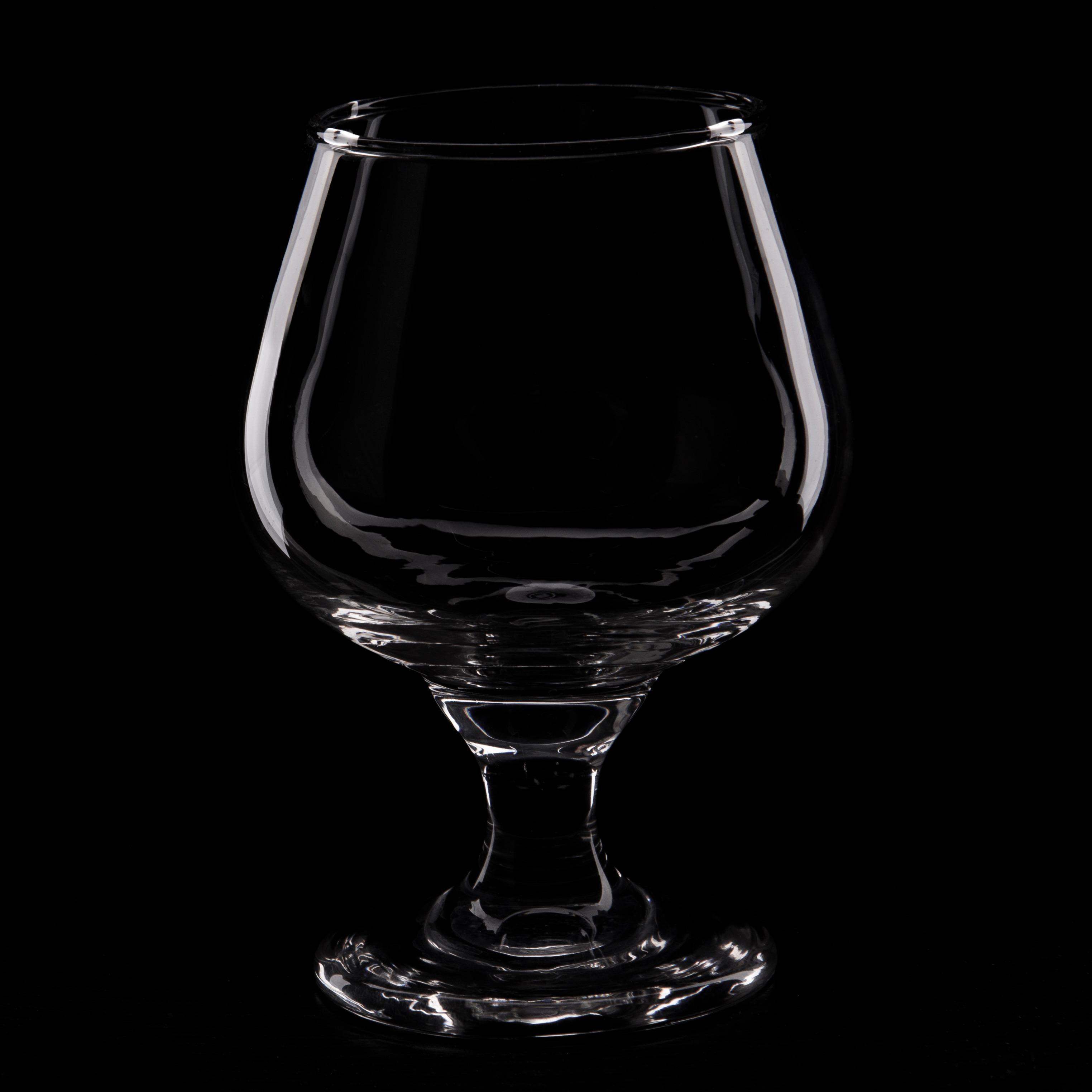 عاسی از شیشه